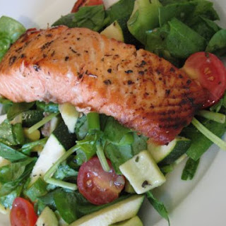 Grilled Salmon with Mint Salad