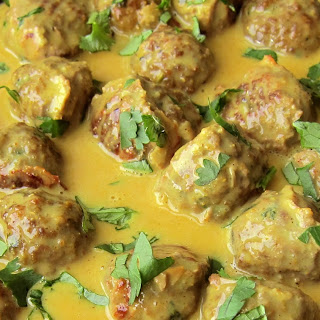 Meatballs With Peanut Sauce Recipes