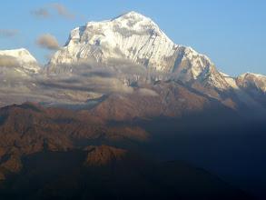 Photo: Der Dhaulagiri ist ein ausgesprochen schöner Berg, der Eisfall rechts imposant.