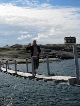 Photo: Lassea sillan huojuminen ei haitannut!