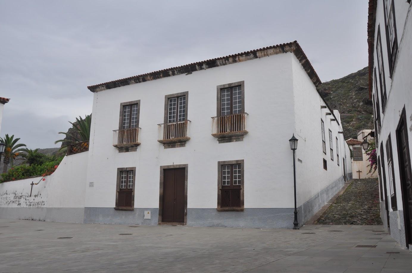 Casa se orial canarias en venta tenerife 1093m2 manantial y otras dependencias al lado del - Casas ideales tenerife ...