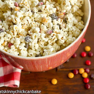 Holiday White Chocolate Popcorn