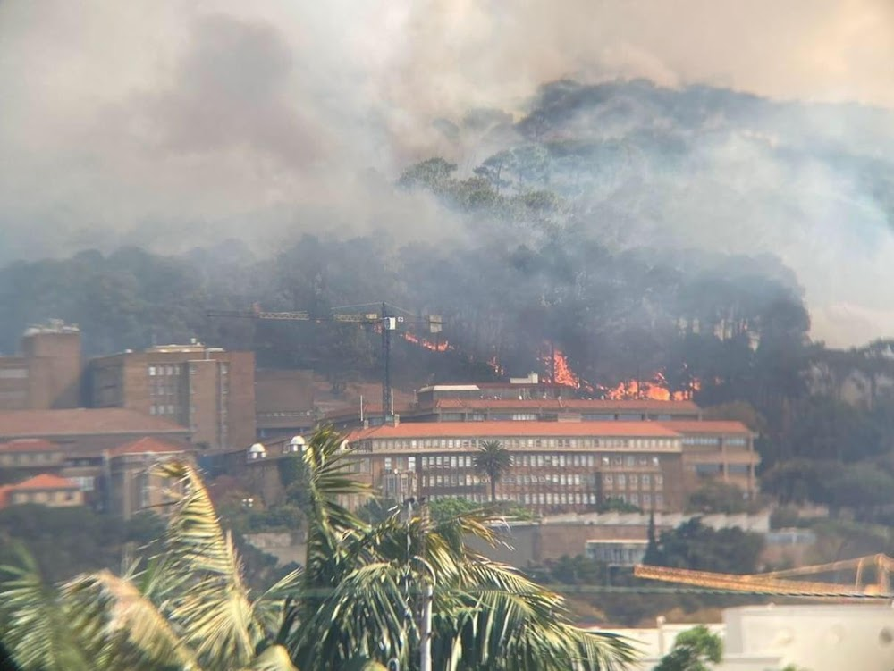 WATCH   Fire guts part of Rhodes Memorial restaurant, spreading to UCT