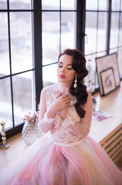 Wedding photographer Dmitriy Epov (epovdima). Photo of 23.01.2017
