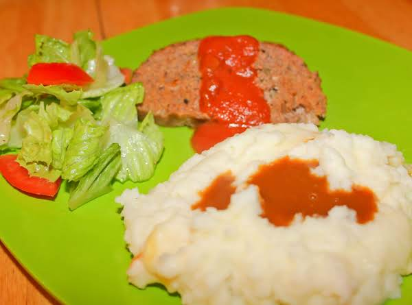 Tasty Spicy Meatloaf With Sauce