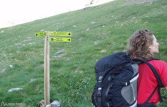Photo: Desvío a la derecha, dirección N hacia el lago de Botornás.