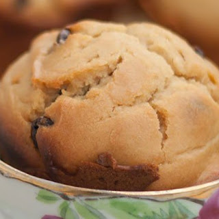 Peanut Butter Chocolate Chip Muffin