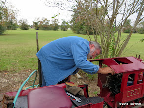 Photo: Steve Campa adding water at Sumrall      HALS / SWLS 2013-1109  RPW