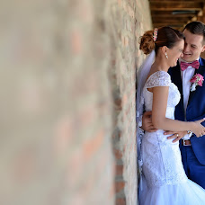Fotógrafo de casamento Vlad Axente (vladaxente). Foto de 18.10.2016