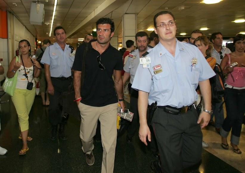 Luis Figo llegó del eterno rival, el FC Barcelona.