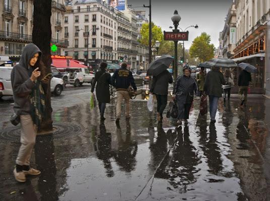 Sotto la pioggia di vagero