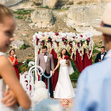Wedding photographer Anatoliy Pismenyuk (Oriental). Photo of 03.12.2017