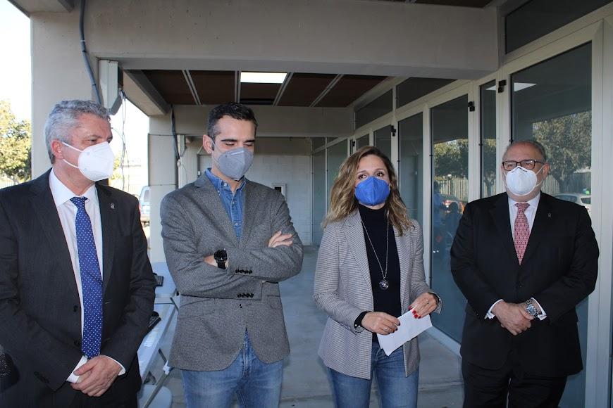 El delegado de Salud, el alcalde, la delegada de Gobierno y el gerente del SAS.