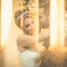 Wedding photographer Helton Carneiro (heltoncarneiro). Photo of 26.01.2016
