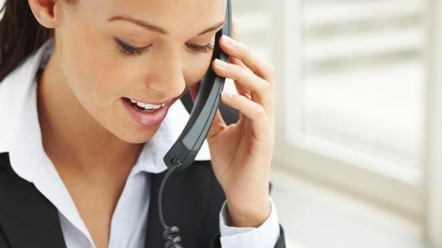 cách nói chuyện thu hút người nghe qua điện thoại