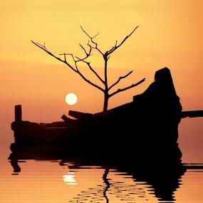 Sunset at Calicut........... by Aroon  Kalandy - Landscapes Travel ( orange, reflection, sky, sunset, boat )