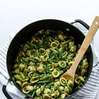 Mean Green Pesto Pasta.