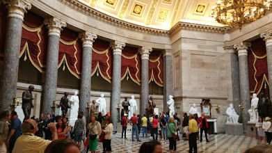 Photo: another view of the National Statuary Hall - http://en.wikipedia.org/wiki/National_Statuary_Hall