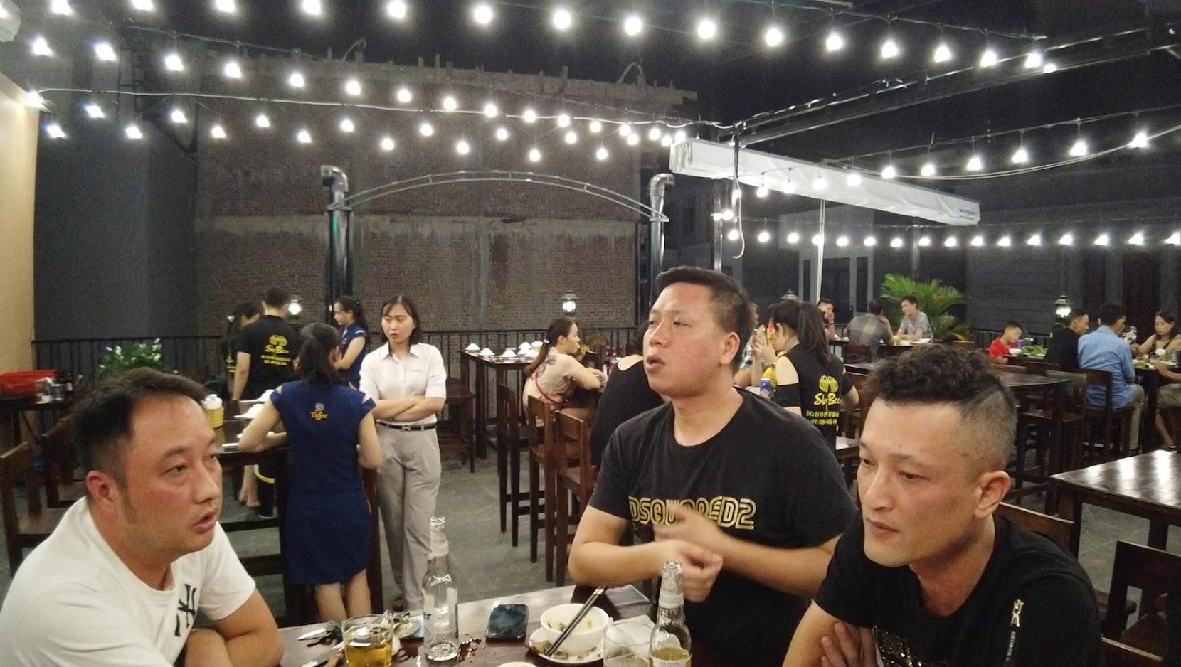 Quán view đẹp Sky Beer ngắm Phố đi bộ sông Tam Bạc ở Hải Phòng