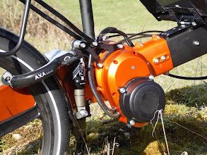 Photo: Module électrique , amortisseur AIR,cadenasfer à cheval