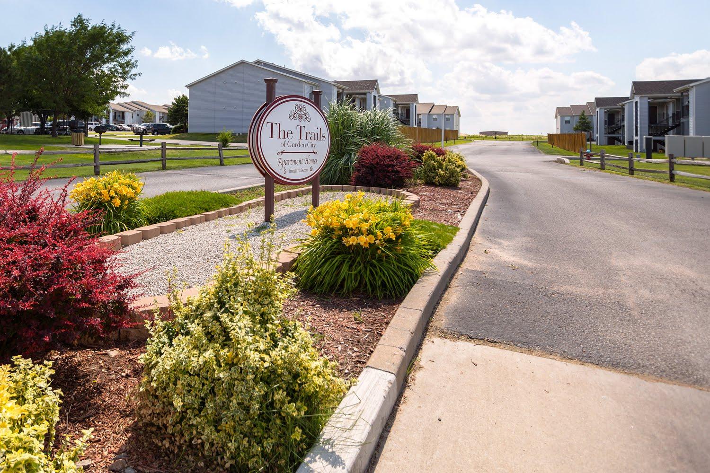 Trails Of Garden City Apartments In Garden City Kansas