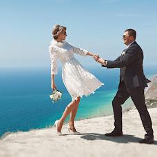 Wedding photographer Ilya Latyshev (iLatyshew). Photo of 01.05.2014