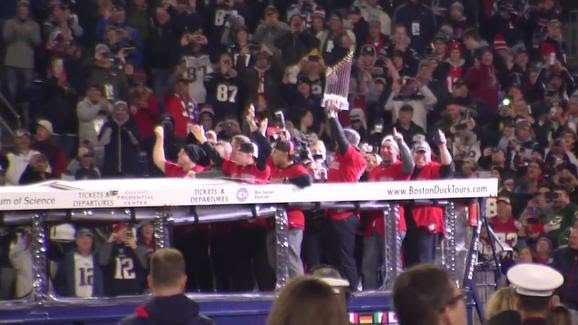 Red Sox honored at Gillette Stadium with their World Series Trophy ( source: necn.com )