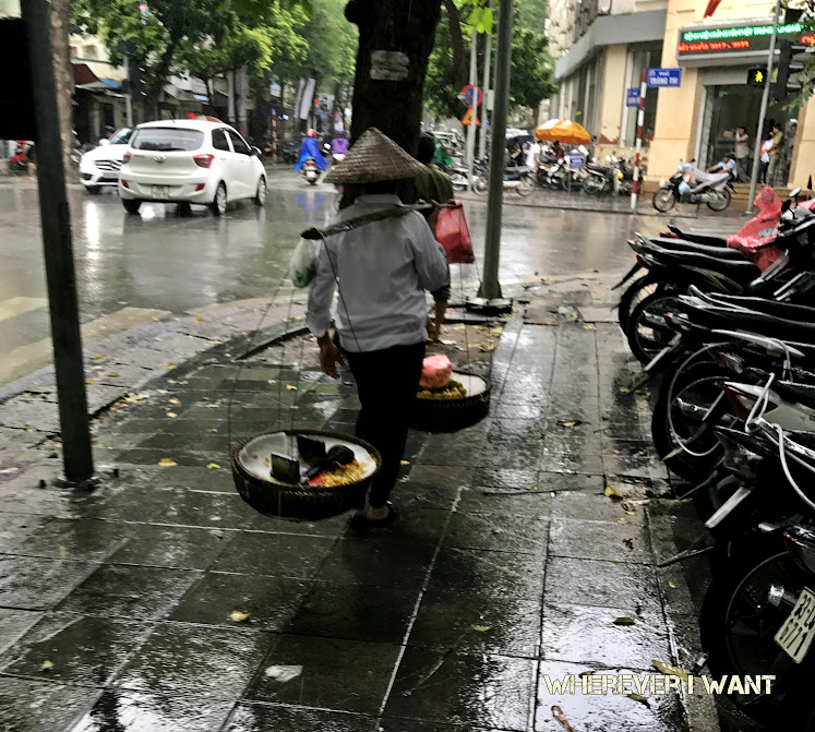 Hanoi from the Streets | What to See in Hanoi | Where to go in Hanoi | Vietnamese culture