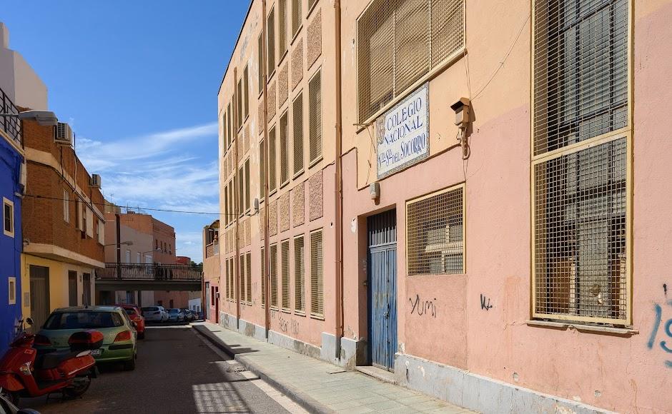 Fachada del Colegio de Nuestra Señora del Socorro ubicado en Pescadería que se rehabilitará y pasará a ser un centro de empleo y formación con fondos europeos