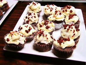 Photo: Red Vervet Cup Cake