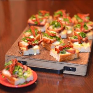BLT Crostini with Garlic Aioli