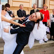 Wedding photographer Kseniya Vvedenskaya (Vvedenskaya). Photo of 22.12.2013
