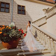 Wedding photographer Mila Osipova (delfina). Photo of 09.09.2018