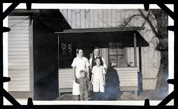 Photo: Tom Brandvold Album TBB162 / Hilda and Alfred Thompson with son Raymond.  Daughter is probably Betty (Rubina)