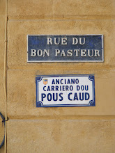 Photo: In Provence, dual signage in both French and the traditional local dialect is often seen.
