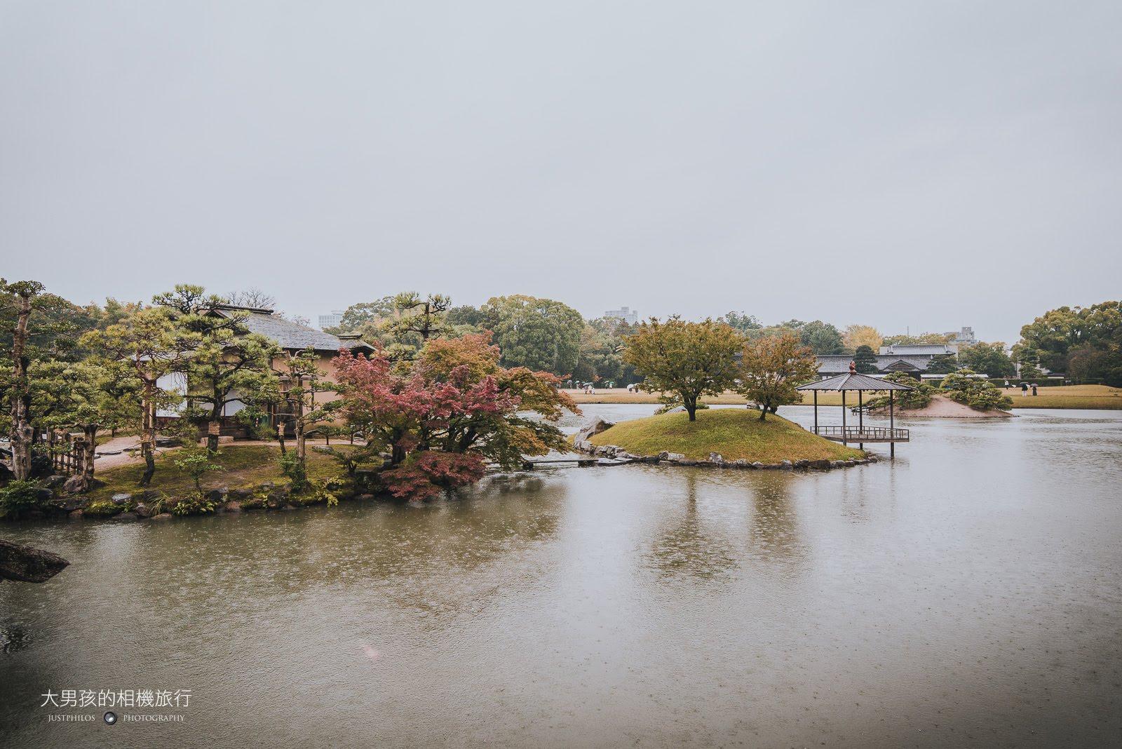 後樂園內最大的水池「澤之池」。