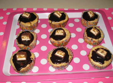 Individual Snickers Cheesecakes Recipe