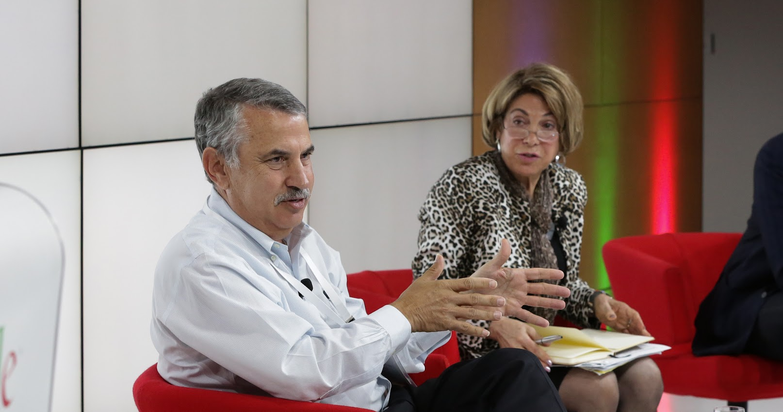 "Tom Friedman and Laura Tyson debate the ""good"" jobs economy"