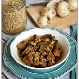 Recipe for Slow Cooker Beef and Barley Soup with Lentils and Mushrooms