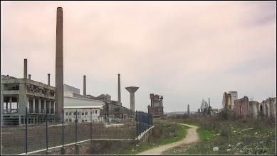 Photo: Turda - vedere de pe Str. Fabricii, Fabrica de Sticla -  in zona depoului, Gara Mica - 2018.04.05