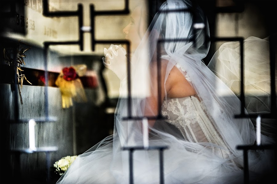 Wedding photographer Emanuele Carpenzano (emanuelecarpenz). Photo of 19.05.2014