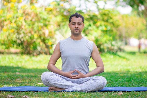 meditating and manifesting