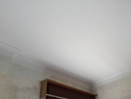 Werf te Lubbeek roetschade - Na ; Plafond geschilderd Trimetal verf