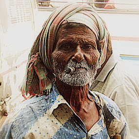 That Old Beggar by Soumya Mukherjee - Novices Only Portraits & People ( faces, street, men, portraits, people, face, pwc faces )