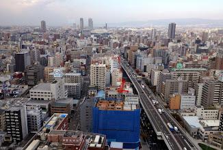 Photo: Aamu valkenee Osakassa