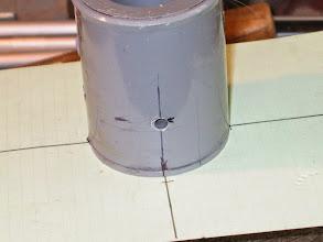 Photo: Traçage sur un rond avec des fiches cartonnées quadrillées