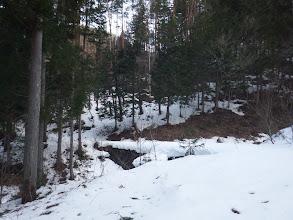橋の先の斜面が取付予定