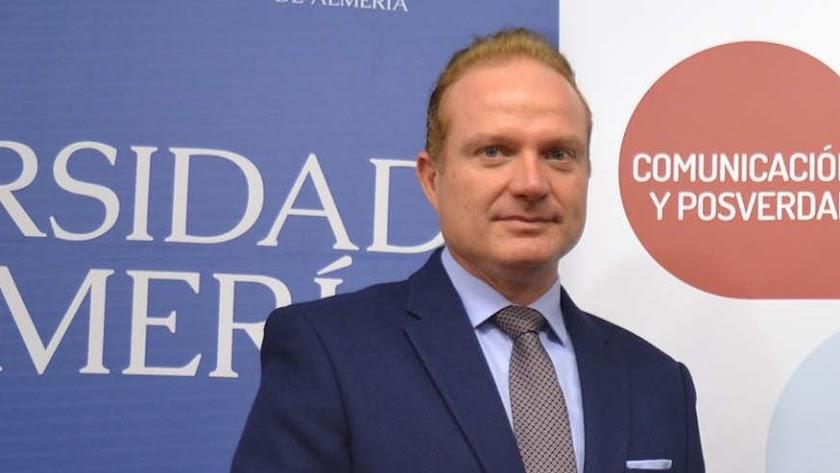 Diego Valera, vicerrector de Investigación de la UAL.