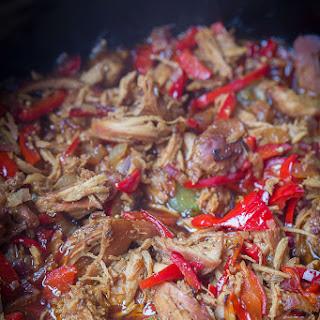 Crock Pot Pepper Chicken {Slow Cooker}