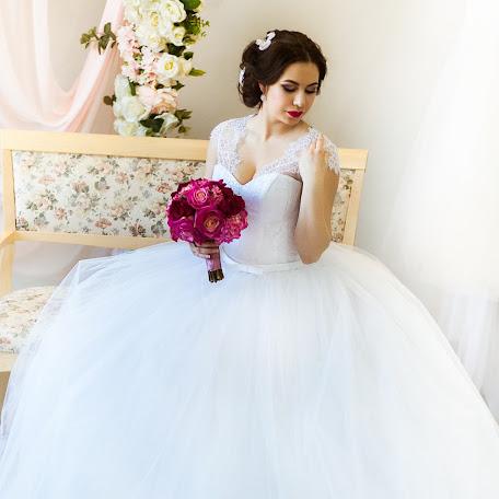 Wedding photographer Marina Cherenkova (Malahita). Photo of 27.04.2016